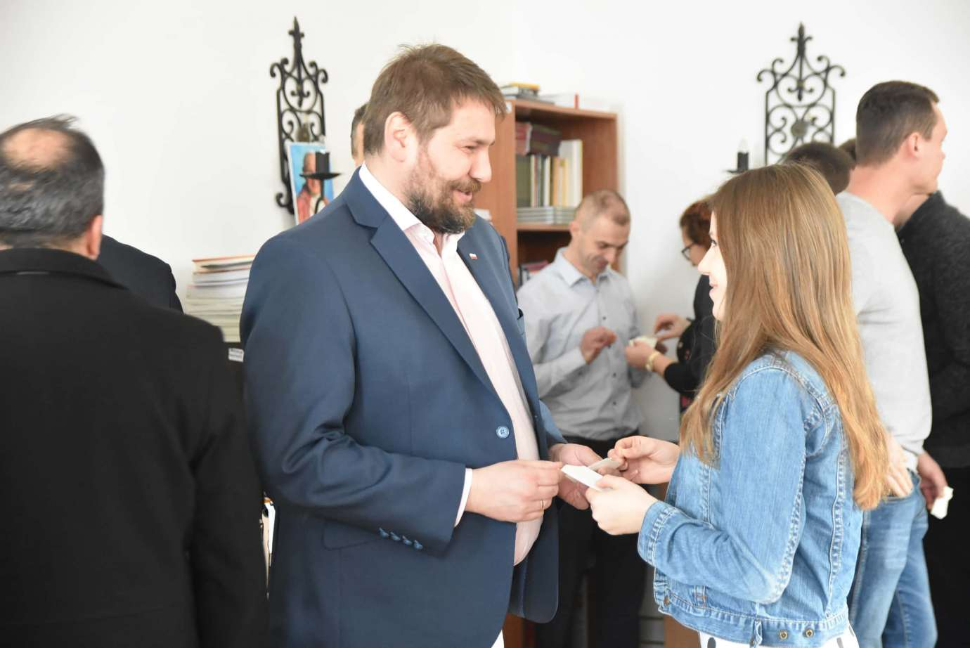 dsc 4040 Zamość: Otwarcie nowego biura poselskiego Jarosława Sachajko. [ZDJĘCIA, FILM]