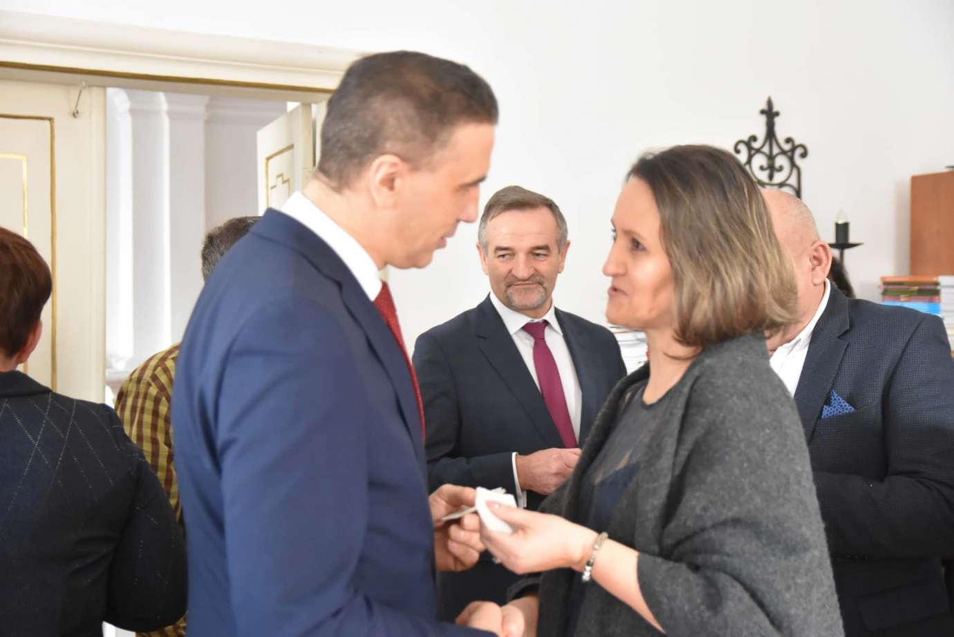 dsc 4052 Zamość: Otwarcie nowego biura poselskiego Jarosława Sachajko. [ZDJĘCIA, FILM]