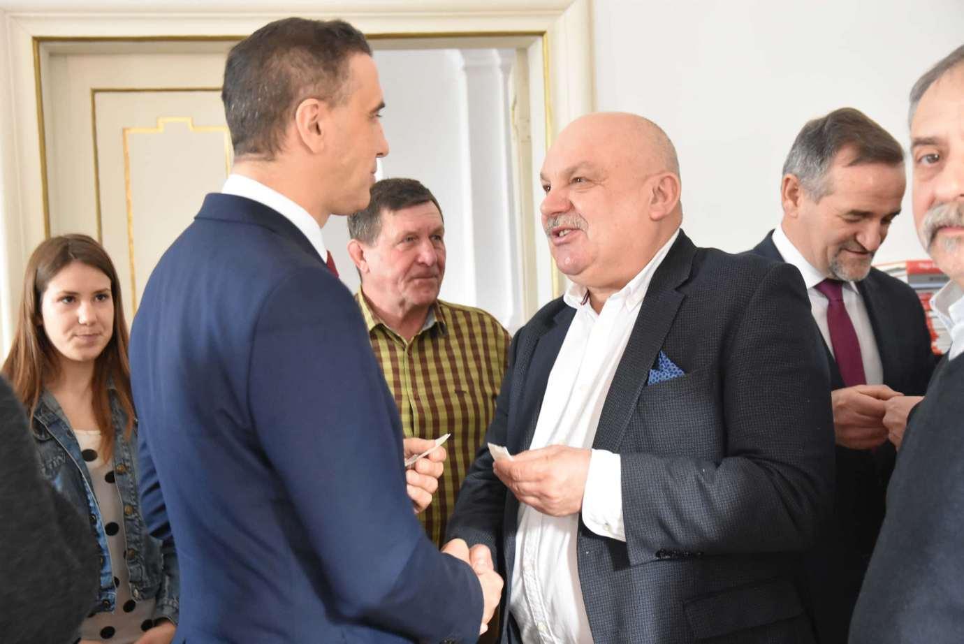 dsc 4054 Zamość: Otwarcie nowego biura poselskiego Jarosława Sachajko. [ZDJĘCIA, FILM]