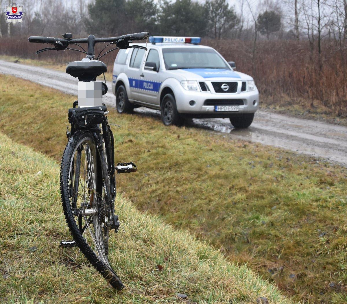 68 162538 Dachowanie Toyoty po zderzeniu z rowerem