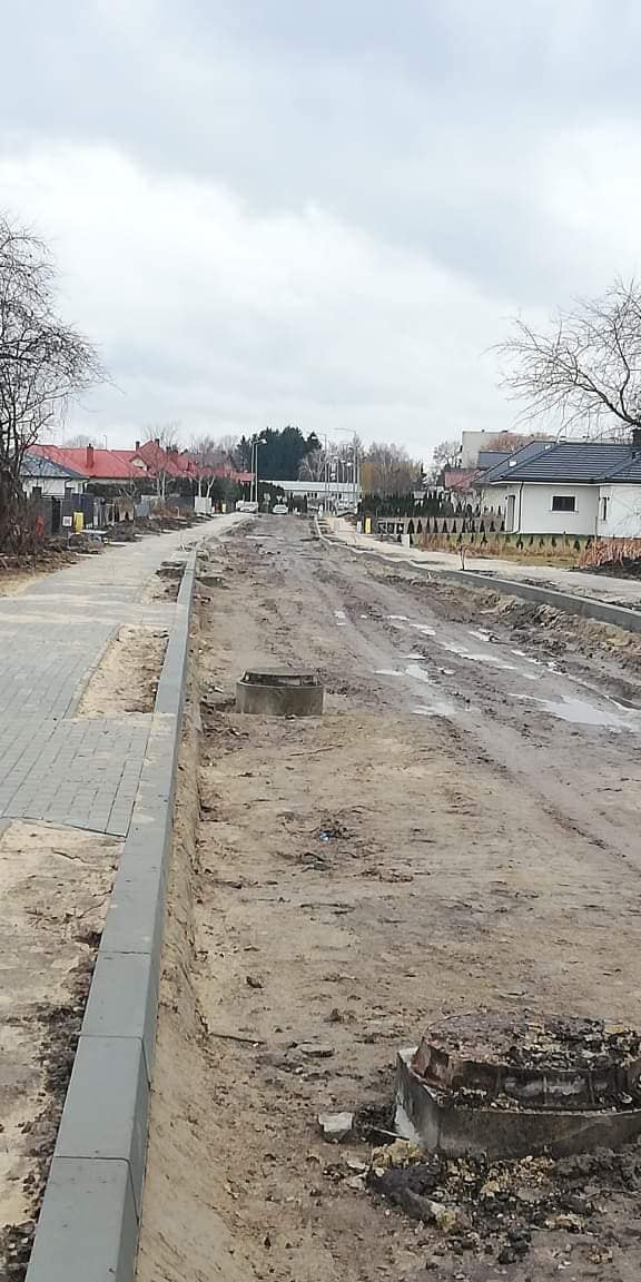 85103677 2935498609833530 2279141996398379008 o Hrubieszów: Trzy ulice w budowie.