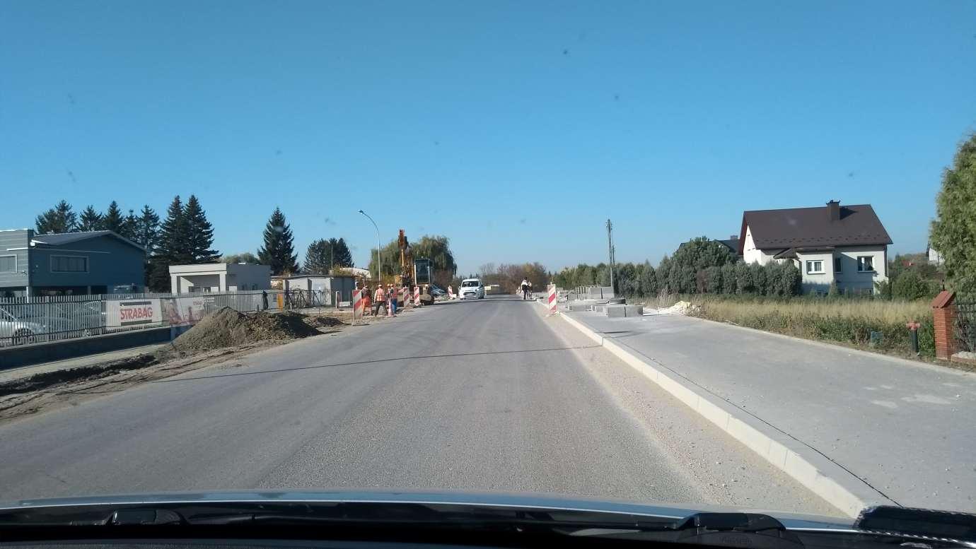 img 20191016 100220102 Dobre wieści! Przebudowa drogi Nielisz - Sitaniec zakończona. Jutro oficjalne otwarcie
