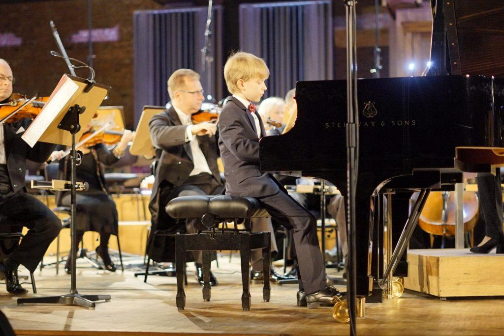 piotrtymura Młody geniusz! Piotruś Tymura koncertuje w Filharmonii Lubelskiej