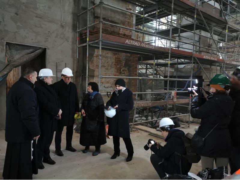 """zrzut ekranu 2020 02 27 o 09 24 59 Minister Gliński o wsparciu budowy zamojskiej filharmonii: """"Rozmowy na ten temat trwają. Zadanie jest do zrealizowania, nie mówię"""