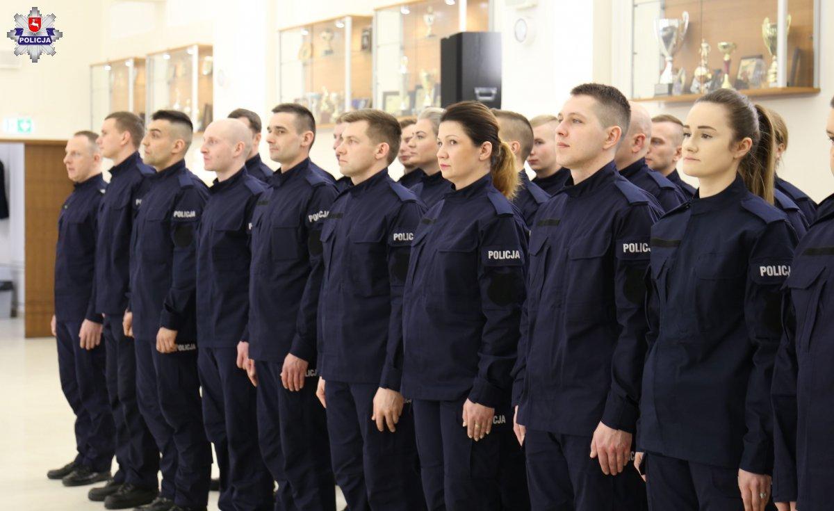 68 164226 Mamy nowych policjantów. [ZDJĘCIA]
