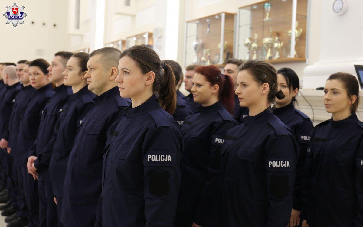 68 164230 Mamy nowych policjantów. [ZDJĘCIA]