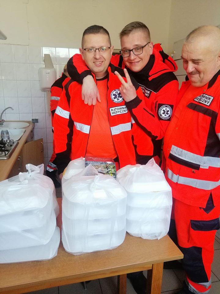 89939196 2623899501213504 3621201469740417024 o Zamość: Restauratorzy z Zamościa wspierają służby medyczne ciepłym posiłkiem