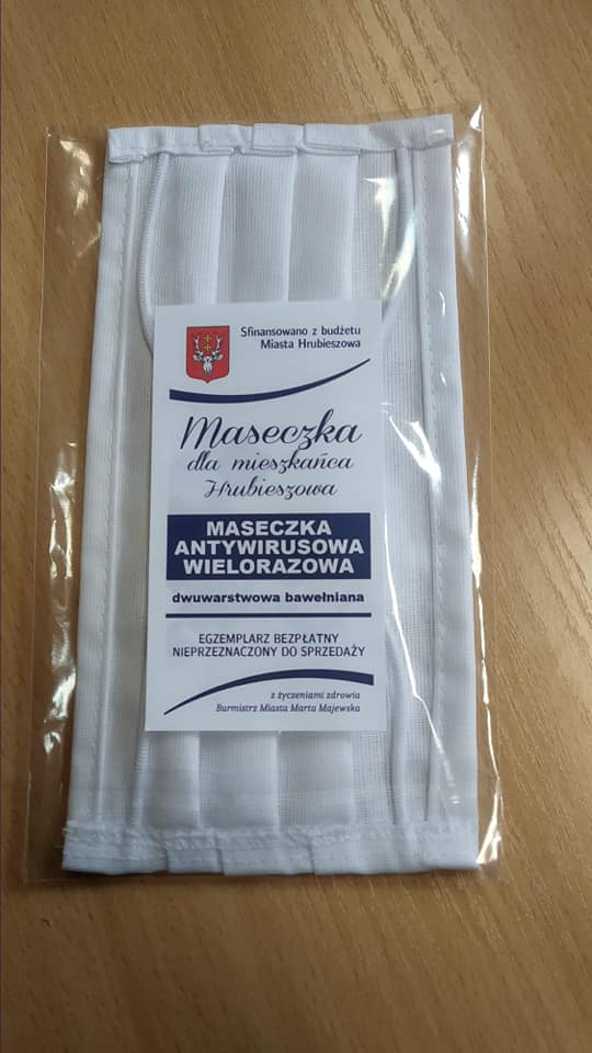 93821251 3088414644541925 513142708043251712 n Hrubieszów: Wielorazowe maseczki dla mieszkańców miasta