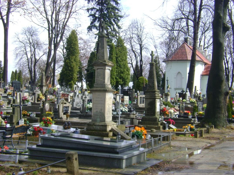 fot marek scisly 2012 Zamość: Na Cmentarzu Parafialnym także wprowadzono obostrzenia