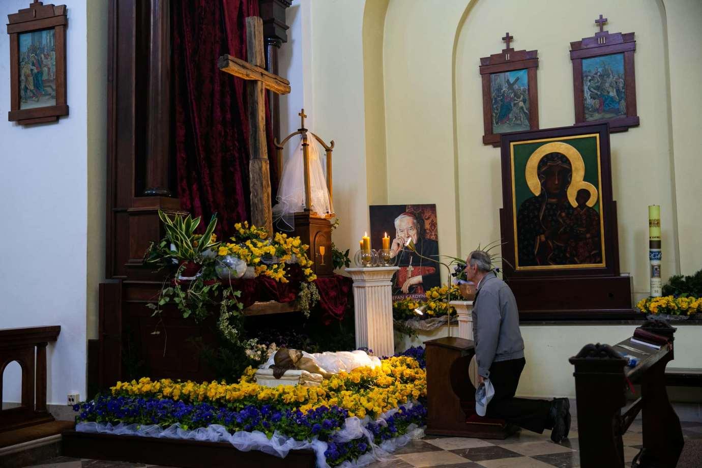 kosciol rektoralny pw sw katarzyny w zamosciu 11 Zdjęcia grobów pańskich w zamojskich świątyniach