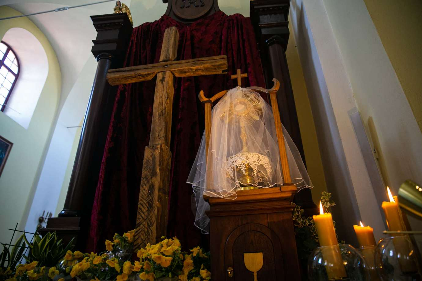 kosciol rektoralny pw sw katarzyny w zamosciu 7 Zdjęcia grobów pańskich w zamojskich świątyniach