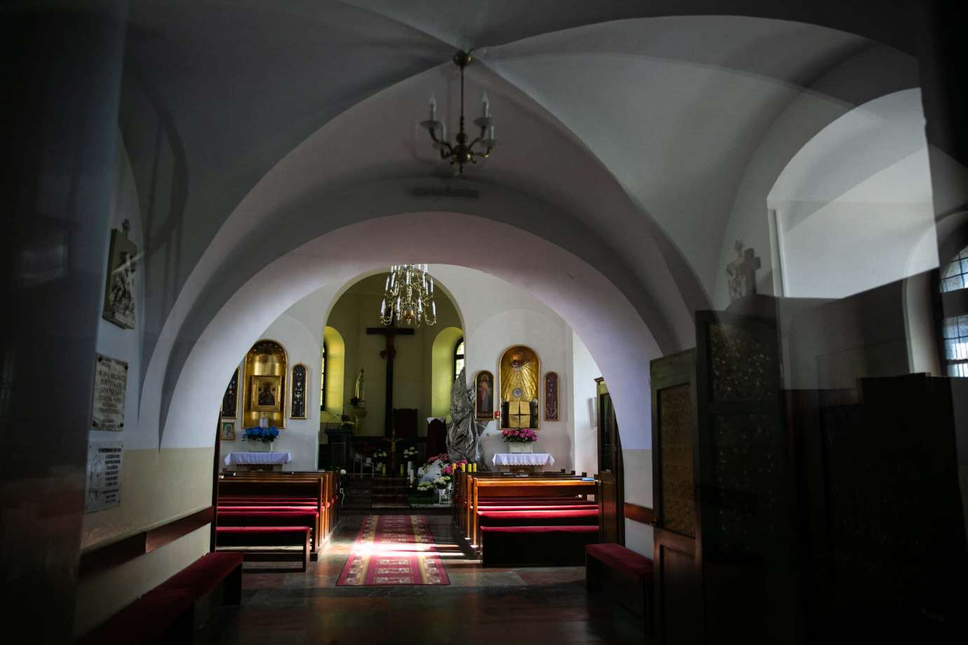 kosciol rektoralny redemptorystow pw sw mikolaja w zamosciu 2 Zdjęcia grobów pańskich w zamojskich świątyniach