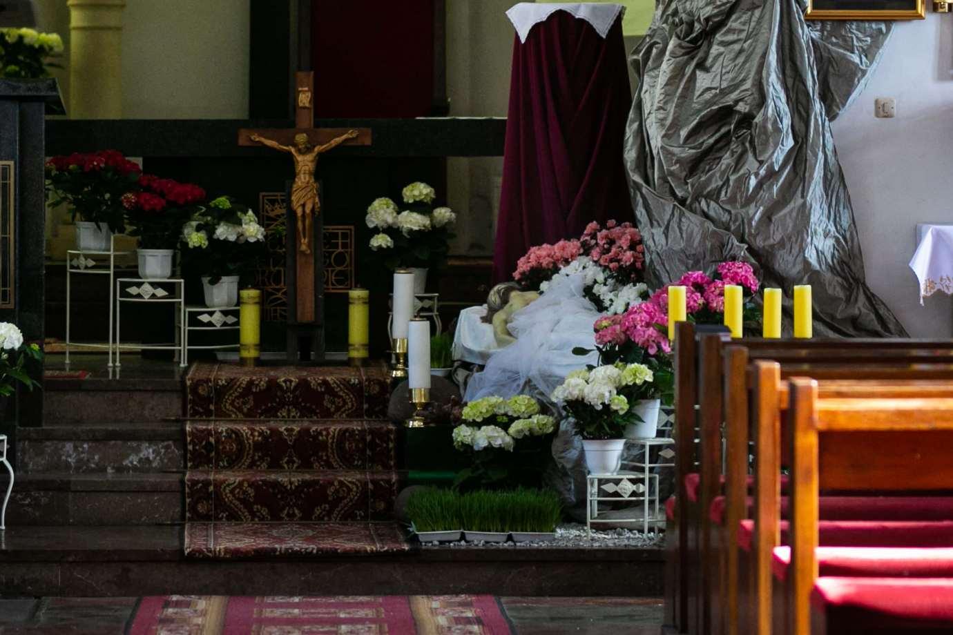 kosciol rektoralny redemptorystow pw sw mikolaja w zamosciu 3a Zdjęcia grobów pańskich w zamojskich świątyniach