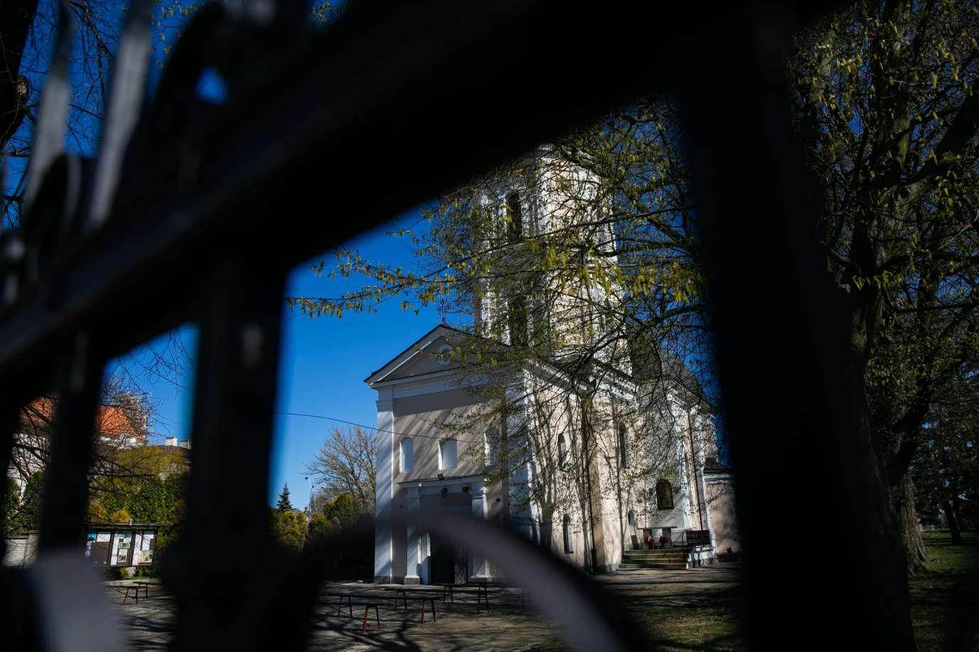kosciol rektoralny redemptorystow pw sw mikolaja w zamosciu 4 Zdjęcia grobów pańskich w zamojskich świątyniach