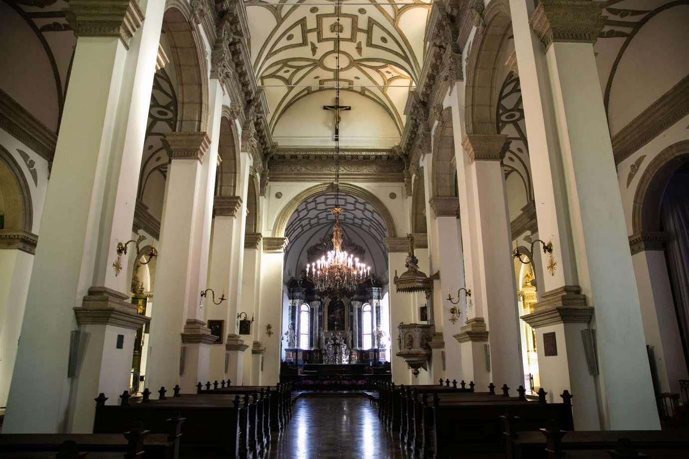 parafia katedralna zmartwychwstania panskiego i sw tomasza apostola w zamosciu 3 Zdjęcia grobów pańskich w zamojskich świątyniach