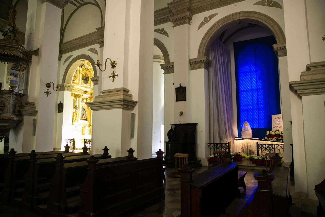 parafia katedralna zmartwychwstania panskiego i sw tomasza apostola w zamosciu 7 Zdjęcia grobów pańskich w zamojskich świątyniach