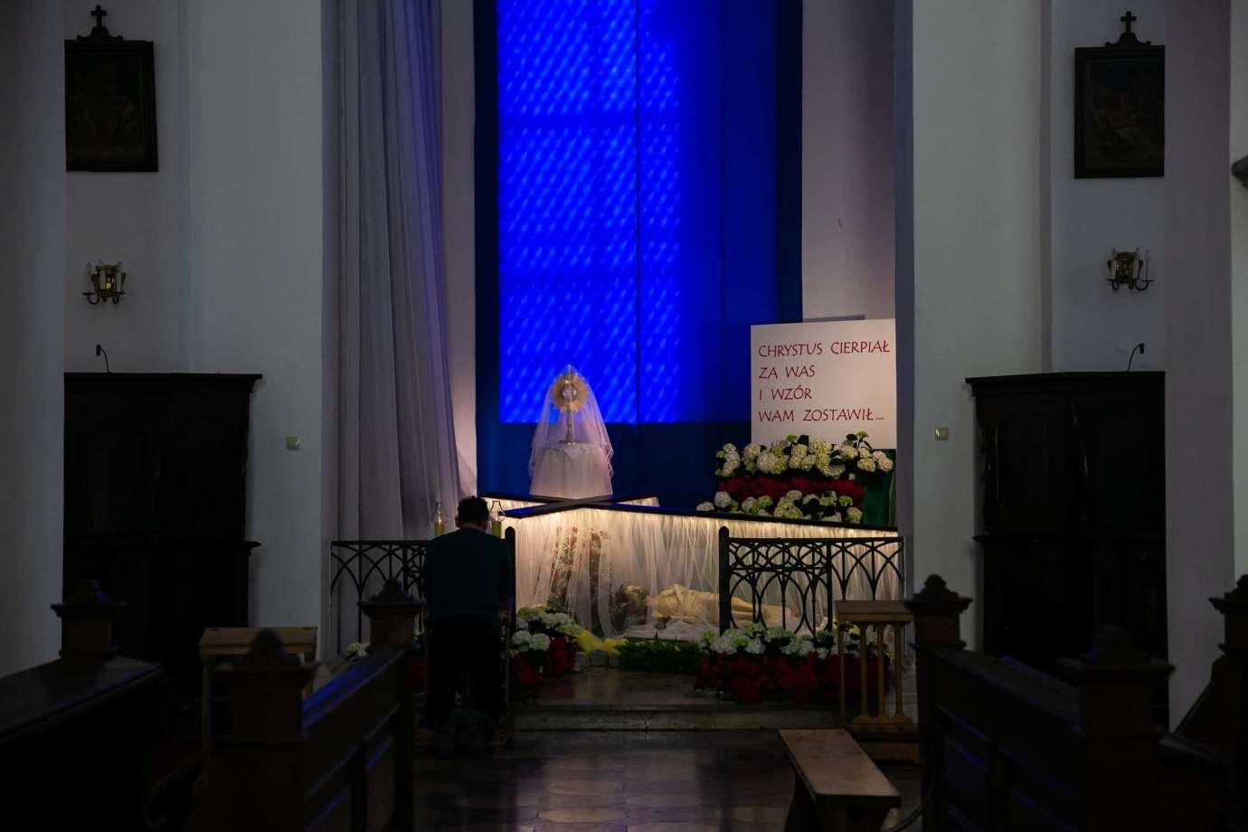 parafia katedralna zmartwychwstania panskiego i sw tomasza apostola w zamosciu 9 Zdjęcia grobów pańskich w zamojskich świątyniach