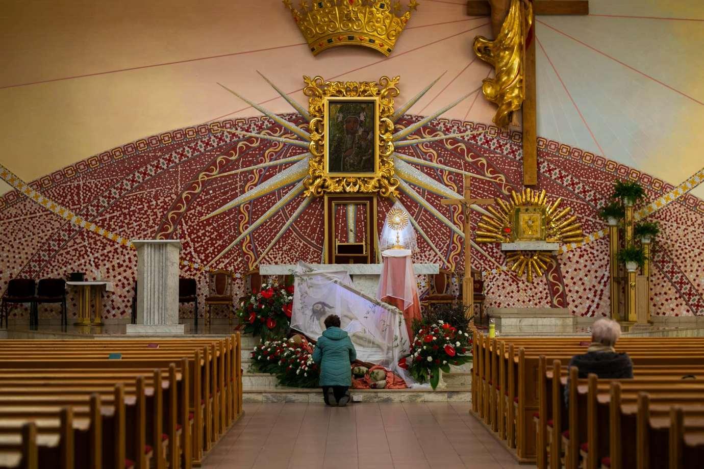 parafia pw matki bozej krolowej polski w zamosciu 12 Zdjęcia grobów pańskich w zamojskich świątyniach