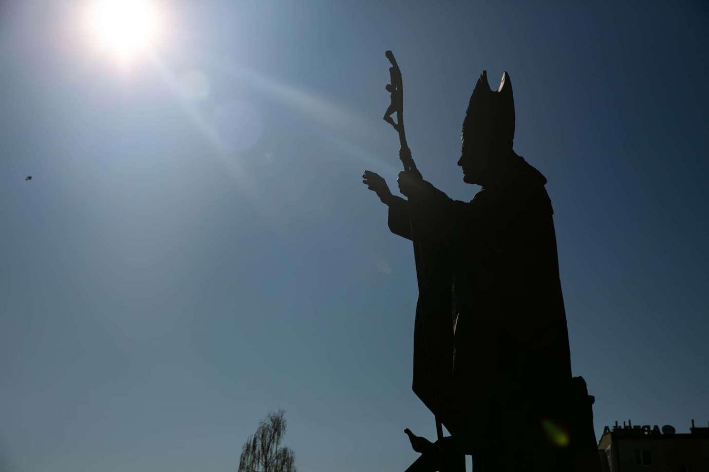 parafia pw matki bozej krolowej polski w zamosciu 3 Zdjęcia grobów pańskich w zamojskich świątyniach