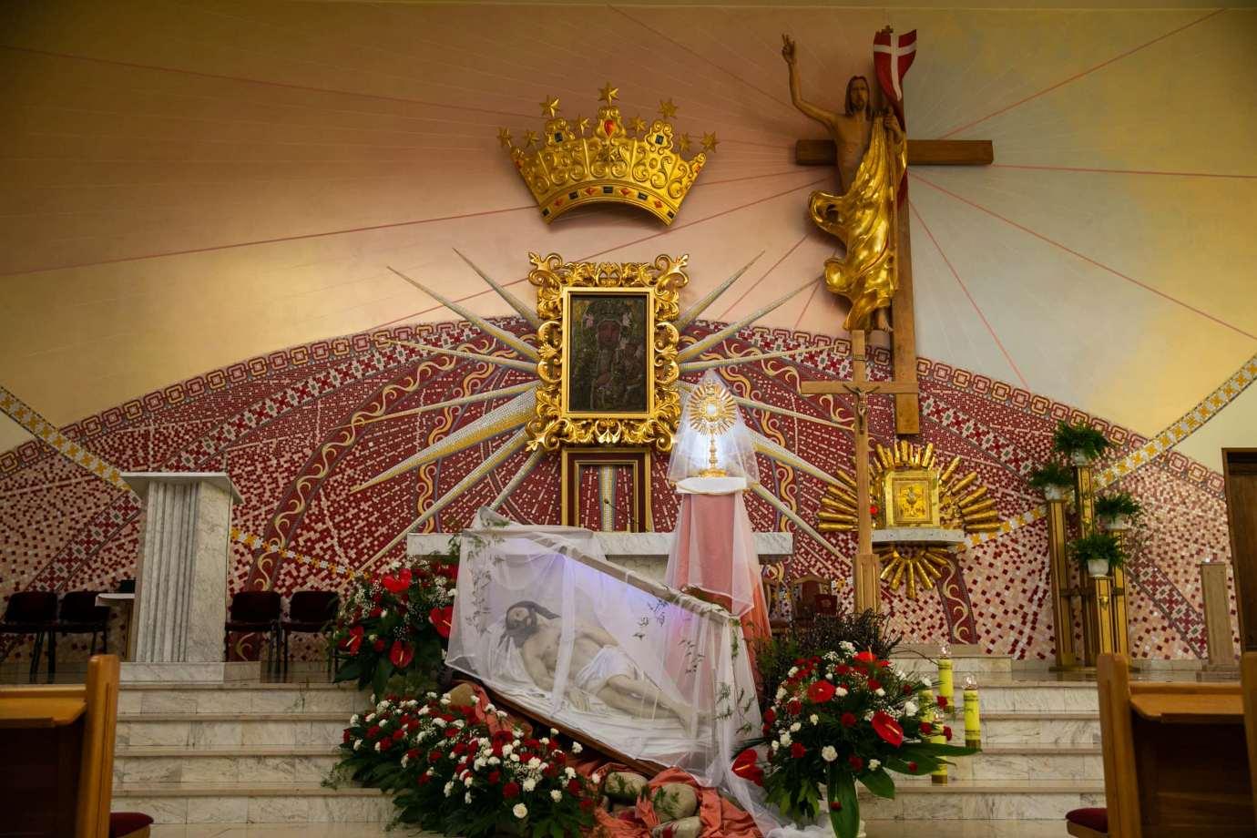 parafia pw matki bozej krolowej polski w zamosciu 8 Zdjęcia grobów pańskich w zamojskich świątyniach