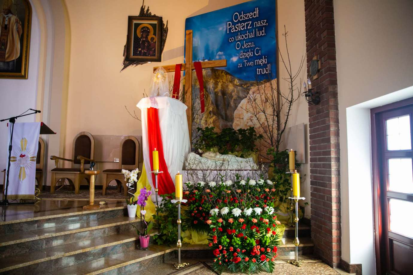 parafia pw milosierdzia bozego w zamosciu 4 Zdjęcia grobów pańskich w zamojskich świątyniach