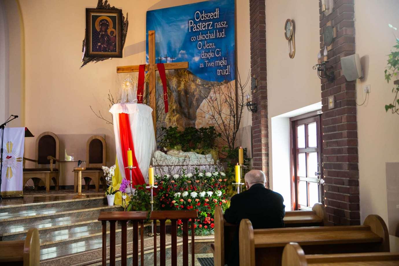 parafia pw milosierdzia bozego w zamosciu 6 Zdjęcia grobów pańskich w zamojskich świątyniach