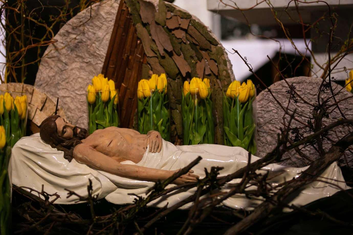 parafia pw sw michala archaniola w zamosciu 10 Zdjęcia grobów pańskich w zamojskich świątyniach