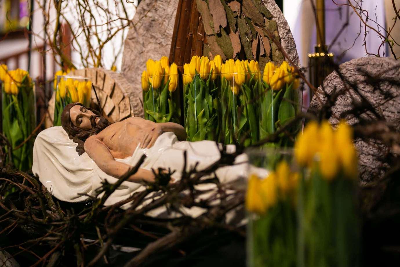 parafia pw sw michala archaniola w zamosciu 12 Zdjęcia grobów pańskich w zamojskich świątyniach
