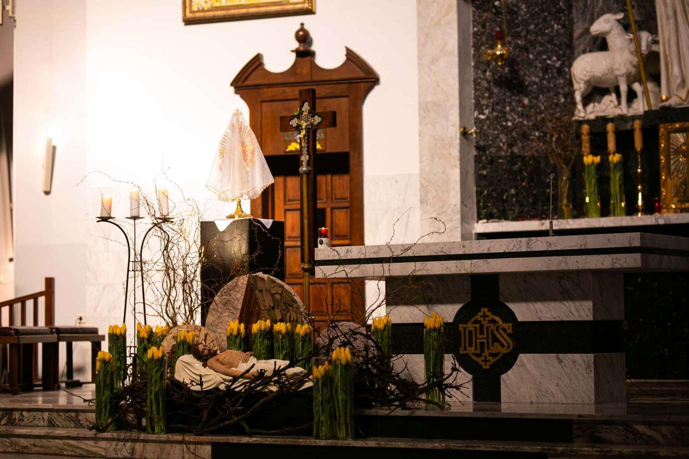 parafia pw sw michala archaniola w zamosciu 9 Zdjęcia grobów pańskich w zamojskich świątyniach