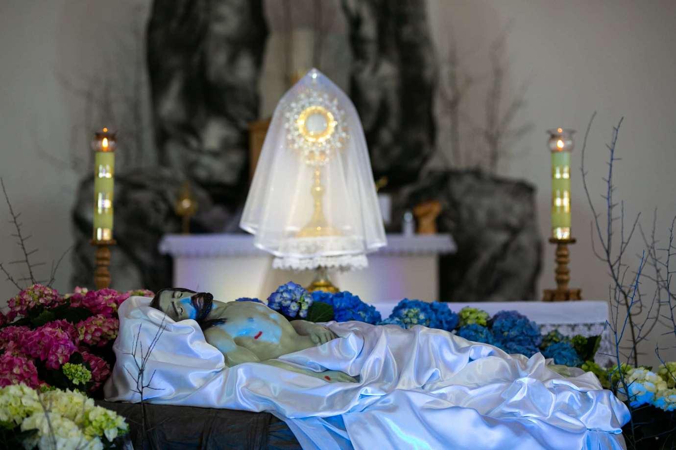 parafia pw swietego brata alberta w zamosciu 6 Zdjęcia grobów pańskich w zamojskich świątyniach
