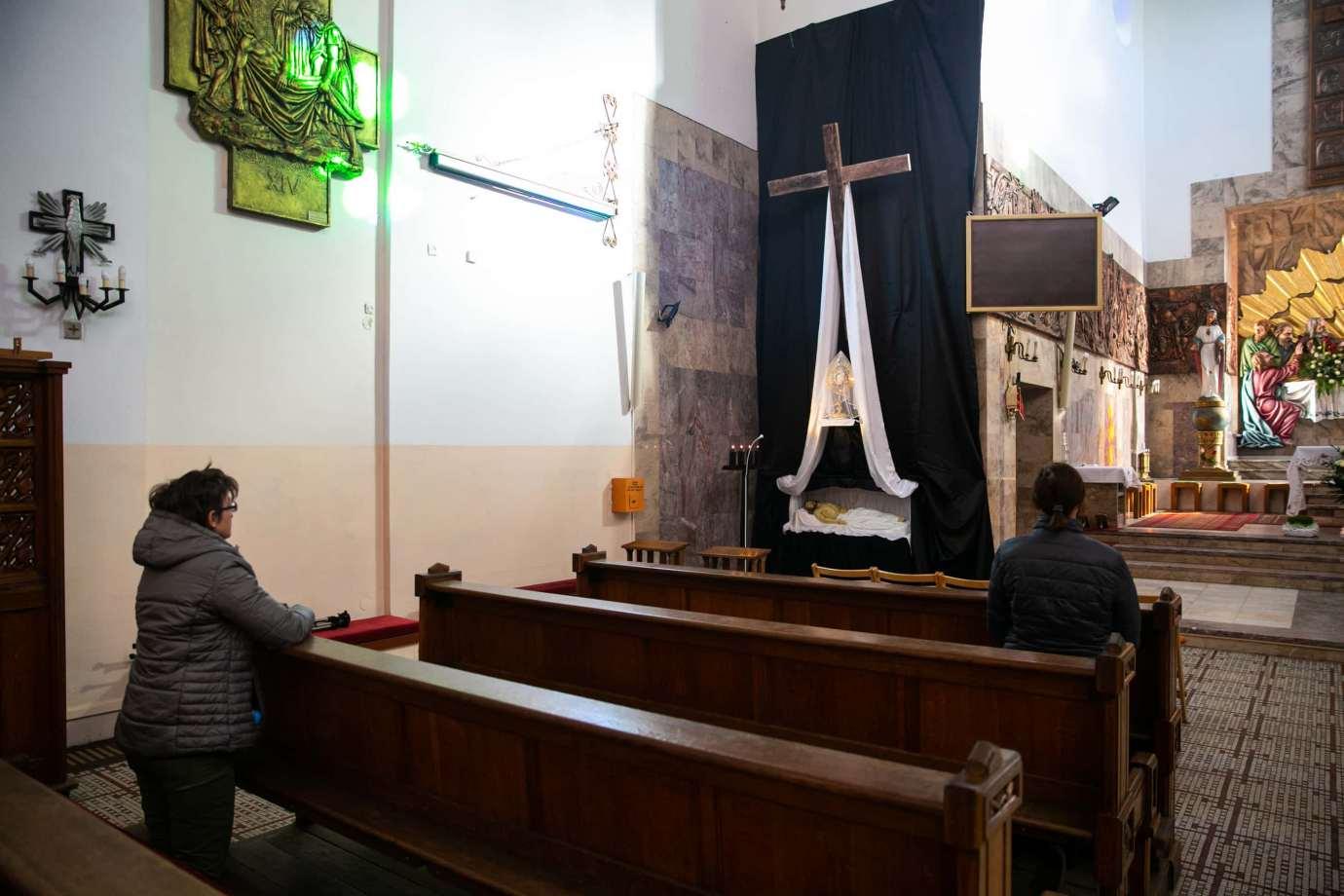 parafia pw swietego krzyza w zamosciu 5 Zdjęcia grobów pańskich w zamojskich świątyniach