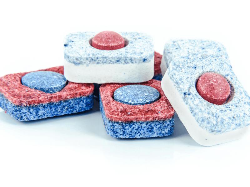tabletkidozmywarki Jak dbać o zmywarkę - porady i błędy, które popełniamy