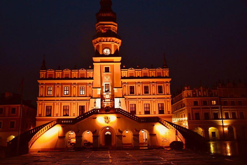23736367 2017063828563744 4597482070391377516 o Ratusz w Zamościu będzie pomarańczowy