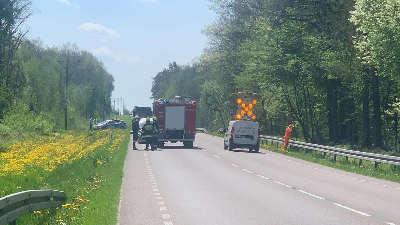 96238092 242710296815661 8394117283399598080 n Z ostatniej chwili! Poważny wypadek na DK nr 17 w kierunku Tomaszowa Lub. Trasa jest zablokowana