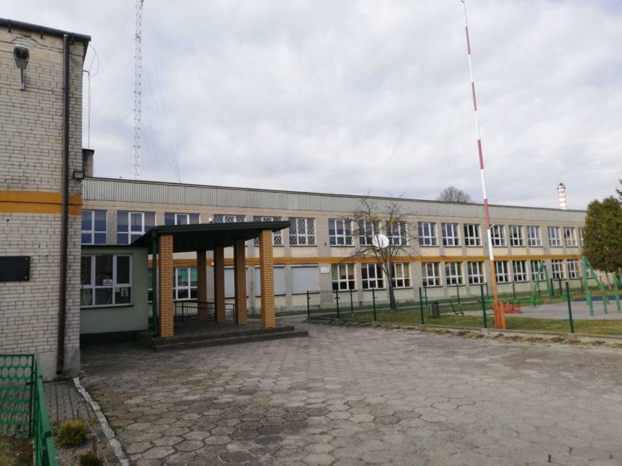 img 20200320 153754 scaled e1589807431306 Szkoła w Bodaczowie zmieni oblicze. Ruszyła termomodernizacja budynku