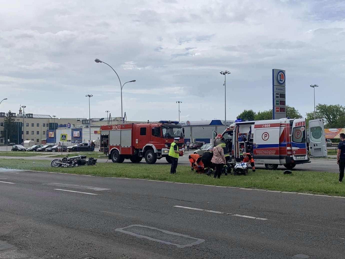 103116781 280808749948908 4729834510386408813 n Ku przestrodze publikujemy nagranie WIDEO z niedzielnego wypadku na Wyszyńskiego. Obejrzyjcie jako przestrogę.