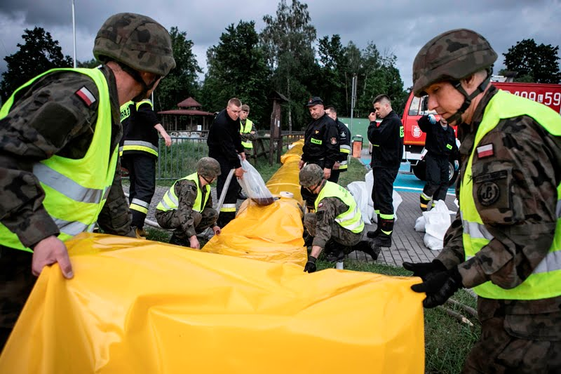 2 lbot bilgoraj 3 Żołnierze 2 LBOT wspierają służby w przeciwdziałaniu podtopieniom w gminie Biłgoraj