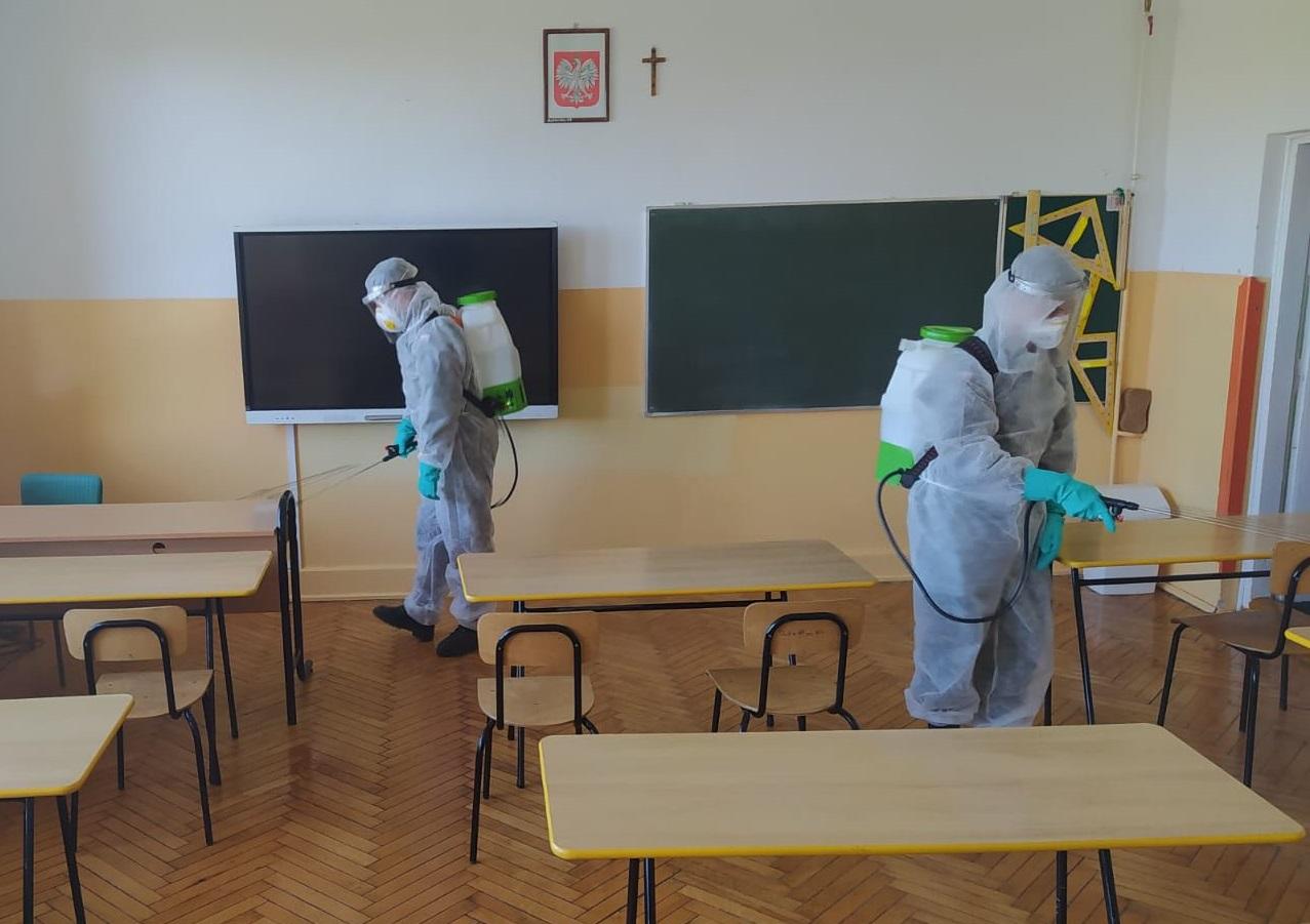 """25blp dekontaminacja szkola bilgoraj Terytorialsi podsumowują działania w ramach operacji pk. """"Odporna Wiosna"""". [ZDJĘCIA]"""
