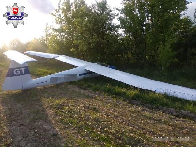 68 168591 Awaryjne lądowanie w polu