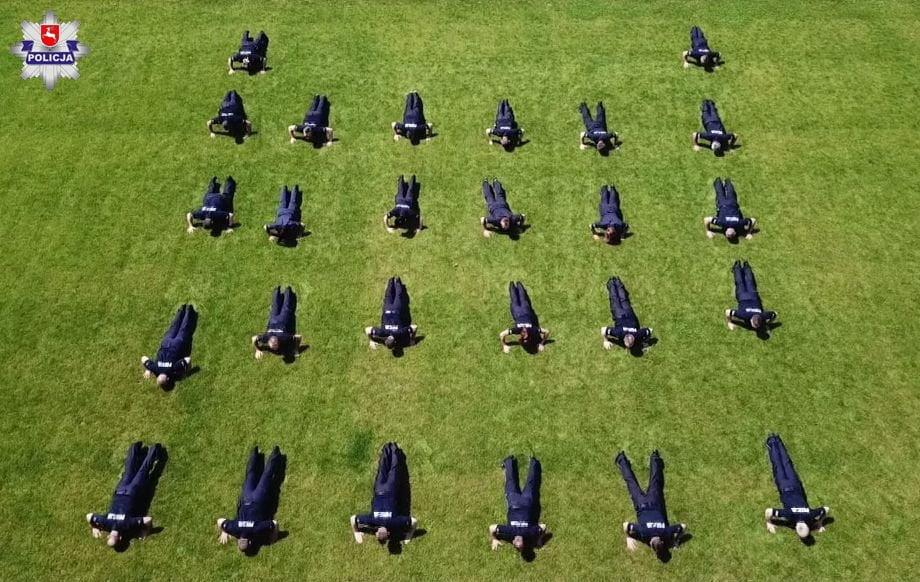 68 169092 1 Hrubieszowscy policjanci także przyłączyli się do akcji #GaszynChallenge [ZOBACZ WIDEO]