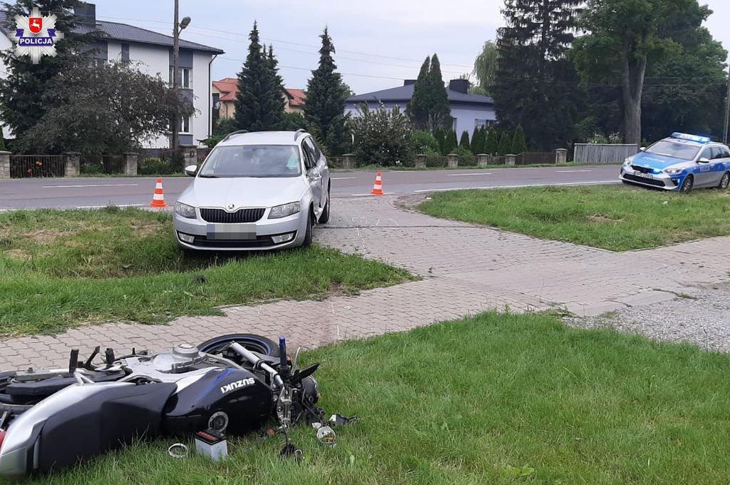 68 169912 20-letni motocyklista zderzył się z osobową skodą