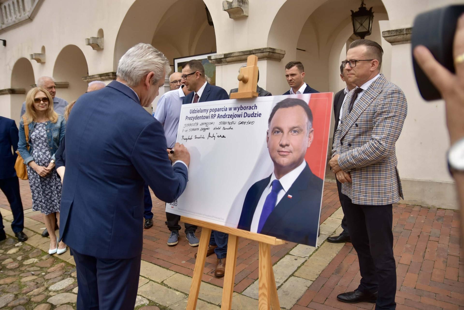 dsc 7778 Zamość: Udzielili poparcia prezydentowi Andrzejowi Dudzie