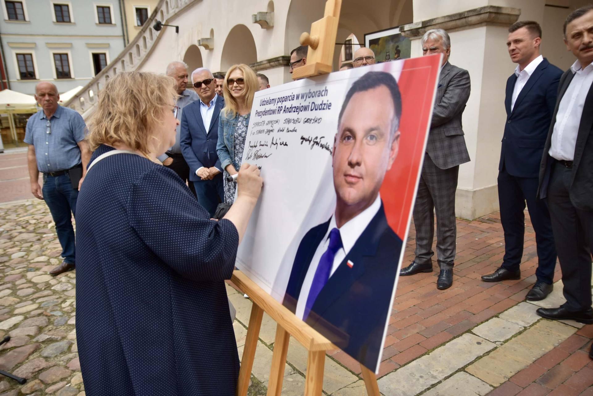 dsc 7781 Zamość: Udzielili poparcia prezydentowi Andrzejowi Dudzie
