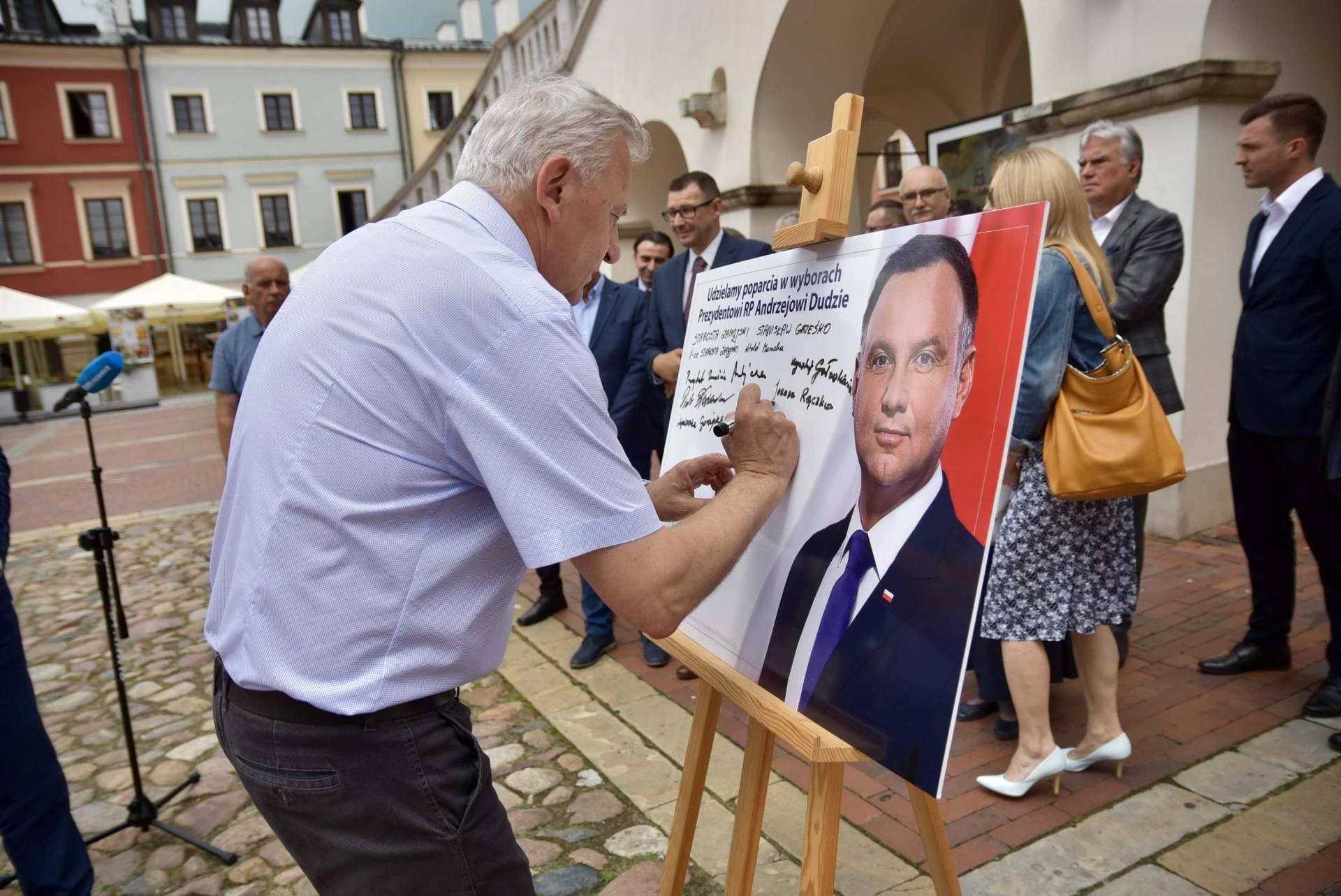dsc 7784 Zamość: Udzielili poparcia prezydentowi Andrzejowi Dudzie