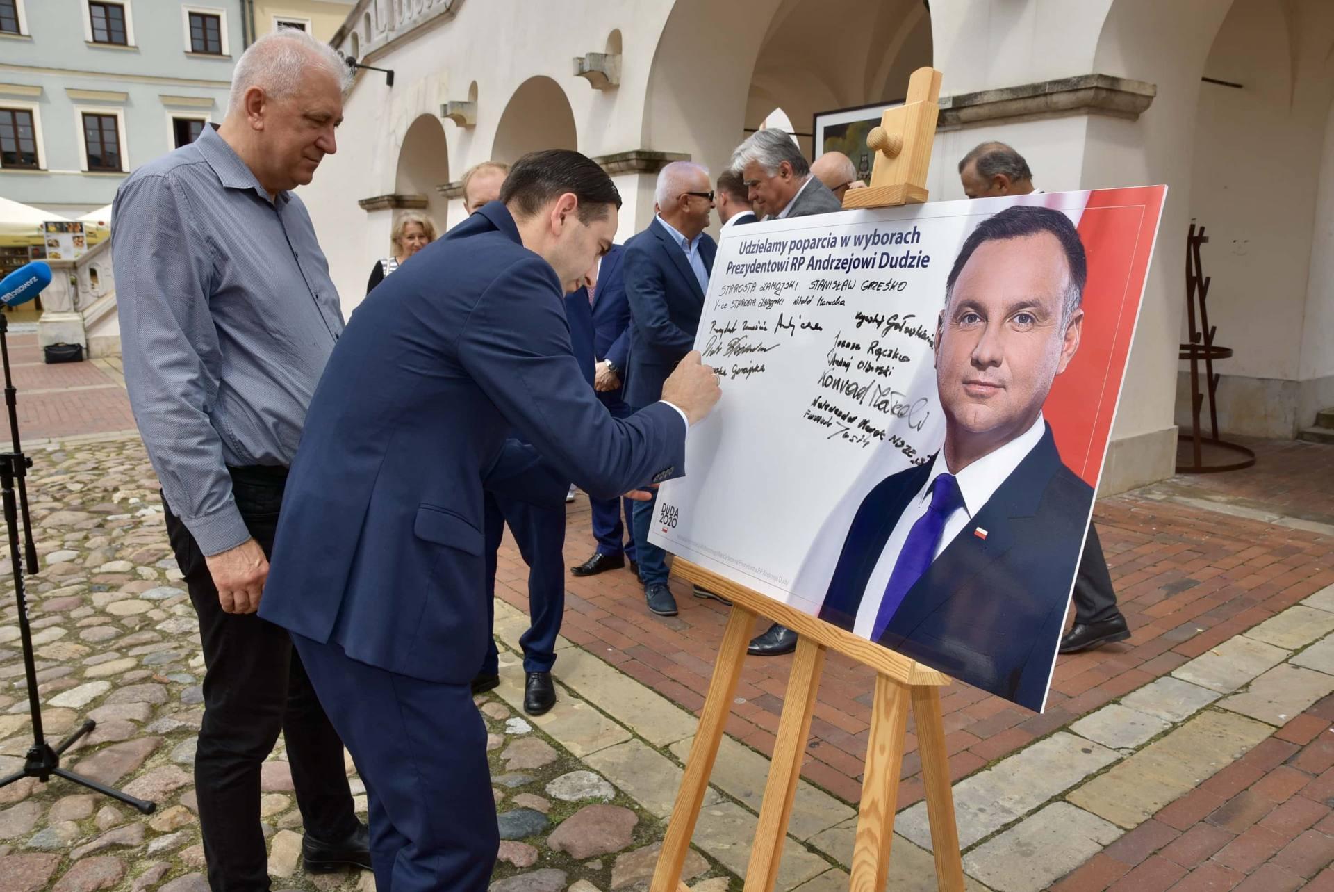 dsc 7787 Zamość: Udzielili poparcia prezydentowi Andrzejowi Dudzie