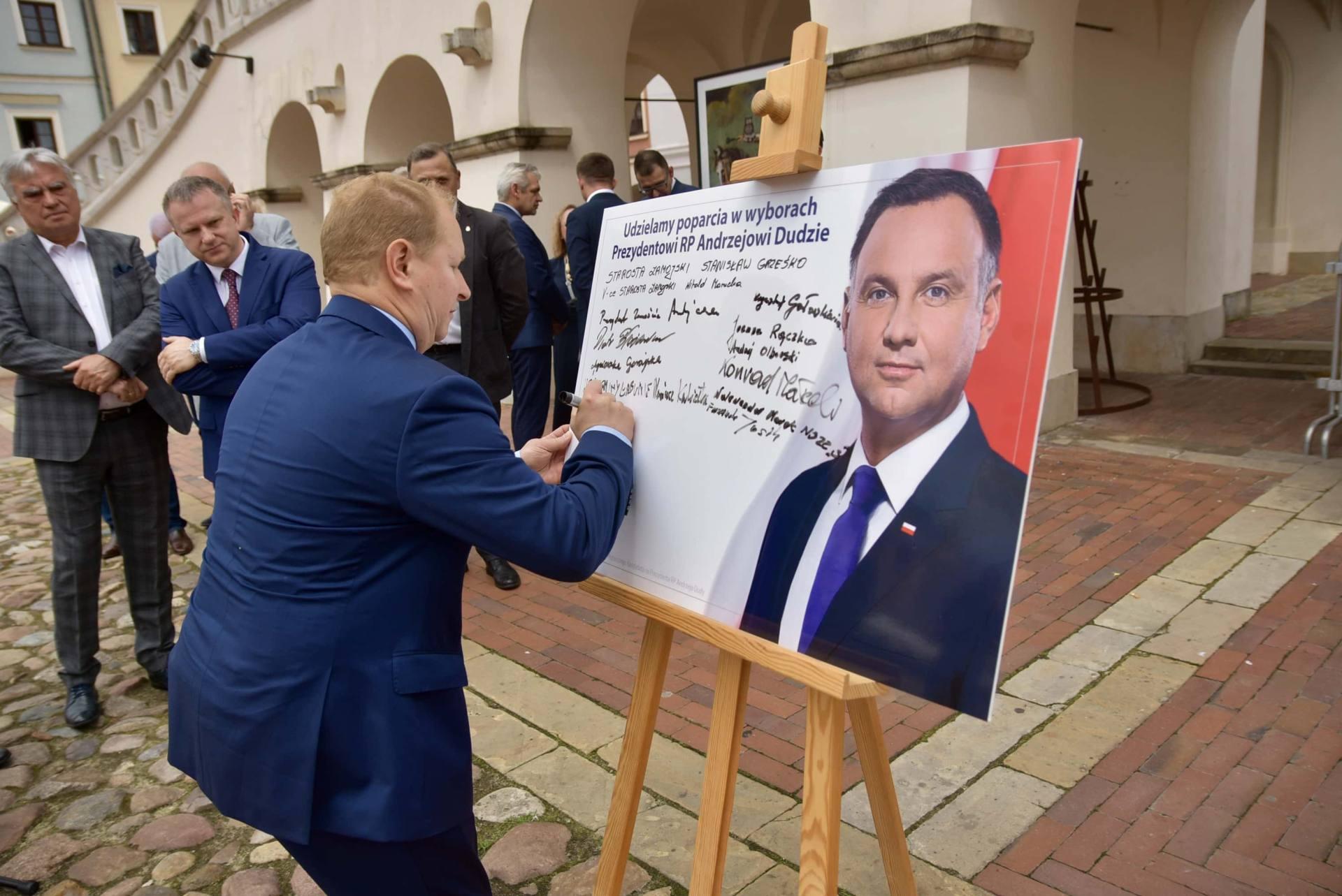dsc 7788 Zamość: Udzielili poparcia prezydentowi Andrzejowi Dudzie
