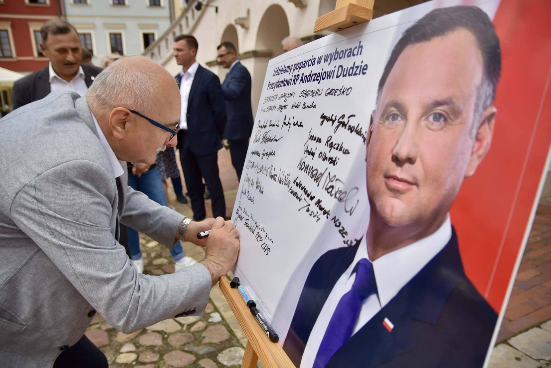 dsc 7793 Zamość: Udzielili poparcia prezydentowi Andrzejowi Dudzie