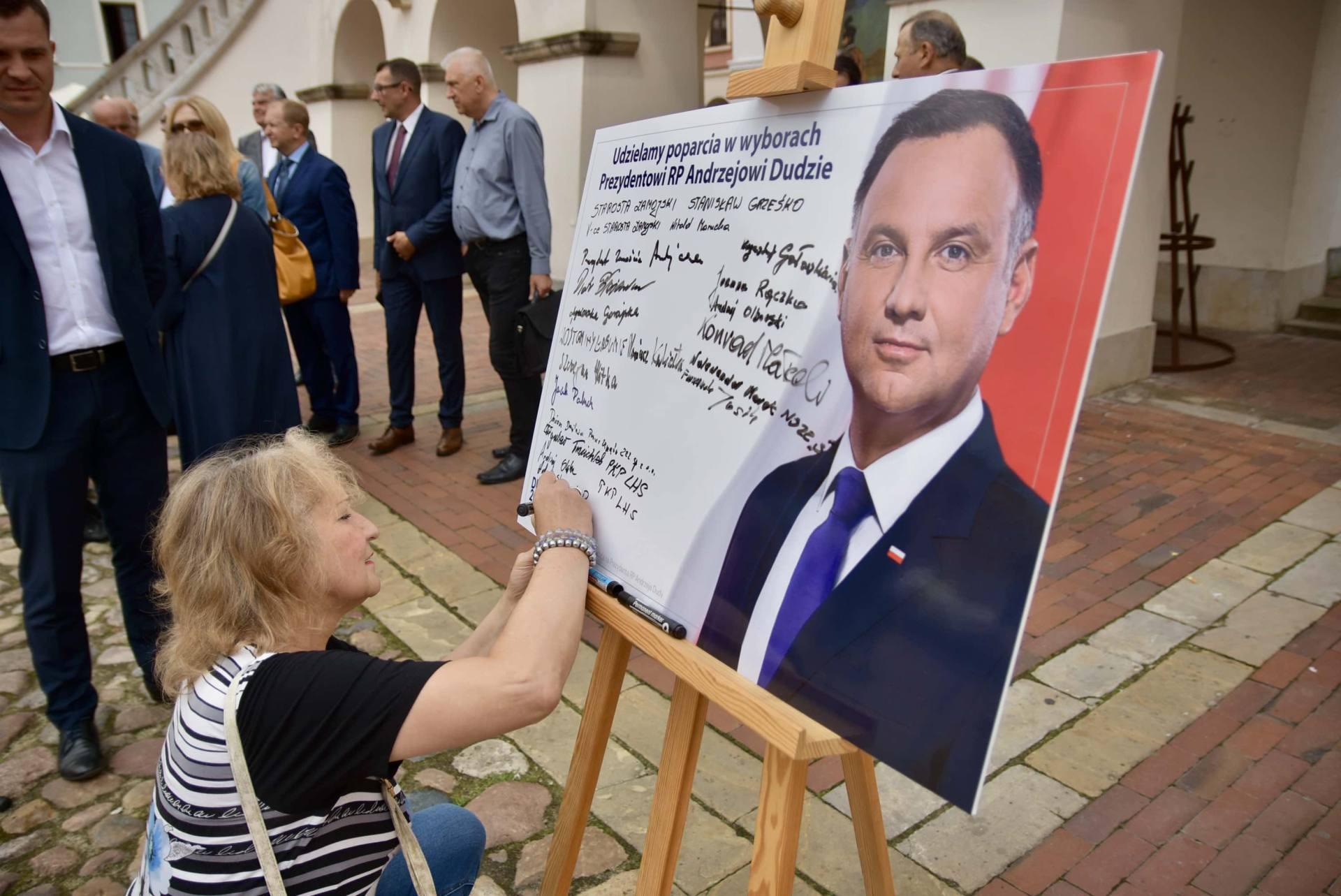 dsc 7796 Zamość: Udzielili poparcia prezydentowi Andrzejowi Dudzie