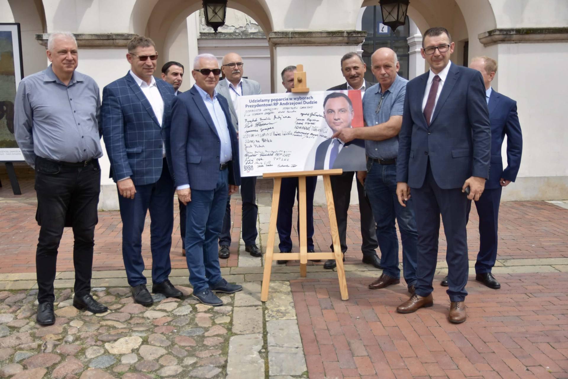 dsc 7805 Zamość: Udzielili poparcia prezydentowi Andrzejowi Dudzie