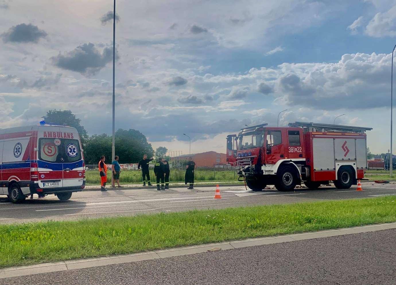 img 2006 Z ostatniej chwili: zderzenie z wozem strażackim (zdjęcia)